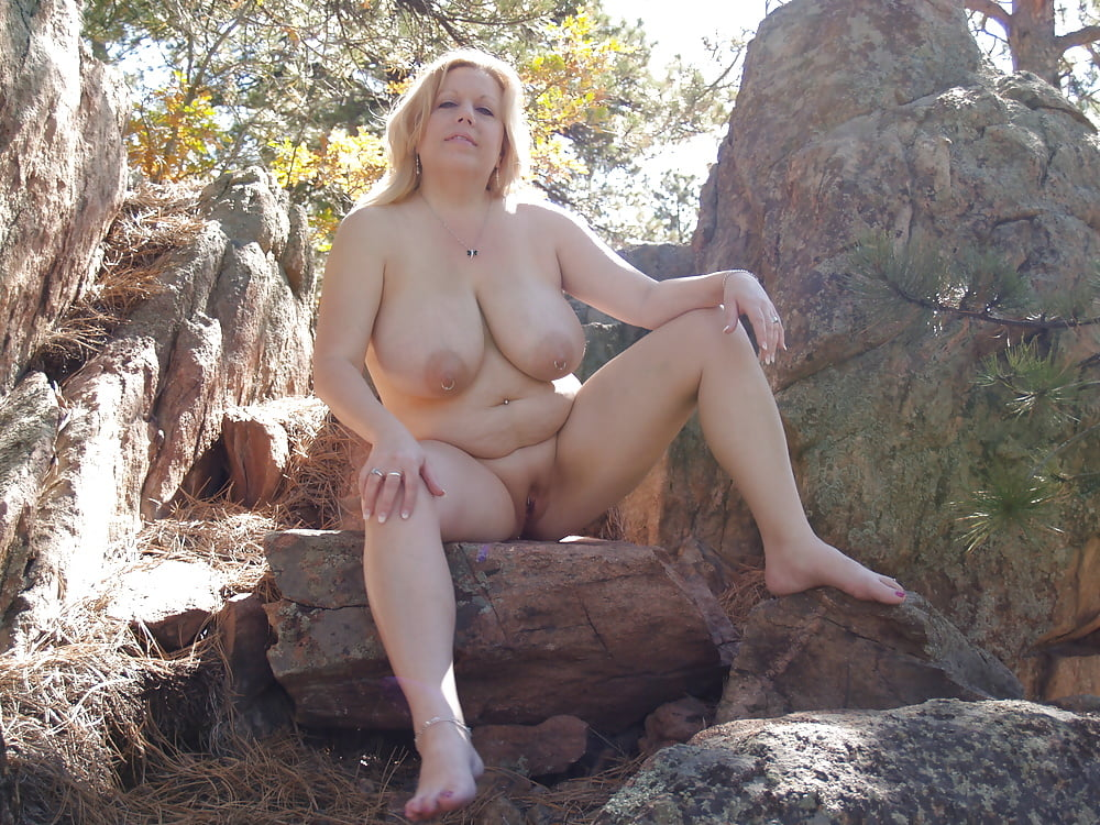 nude-middle-aged-girls