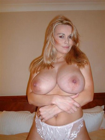 Mature Hotties 5 - The Hottest Moms