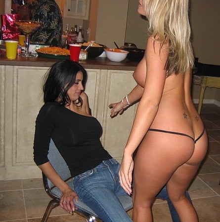 Sexy girls lap dance