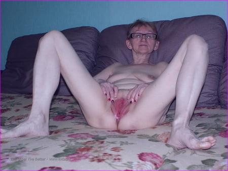 Skinny Mature Pussy