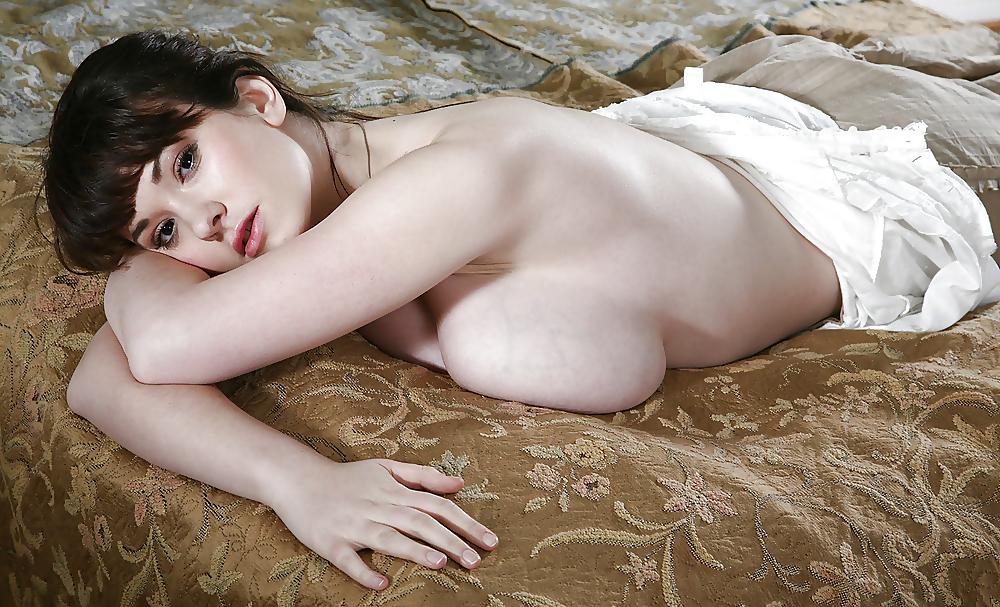 Scottie thompson nude