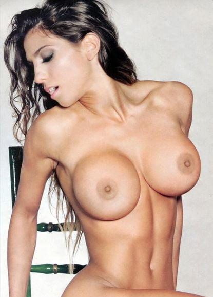 Cinthia Fernandez  nackt