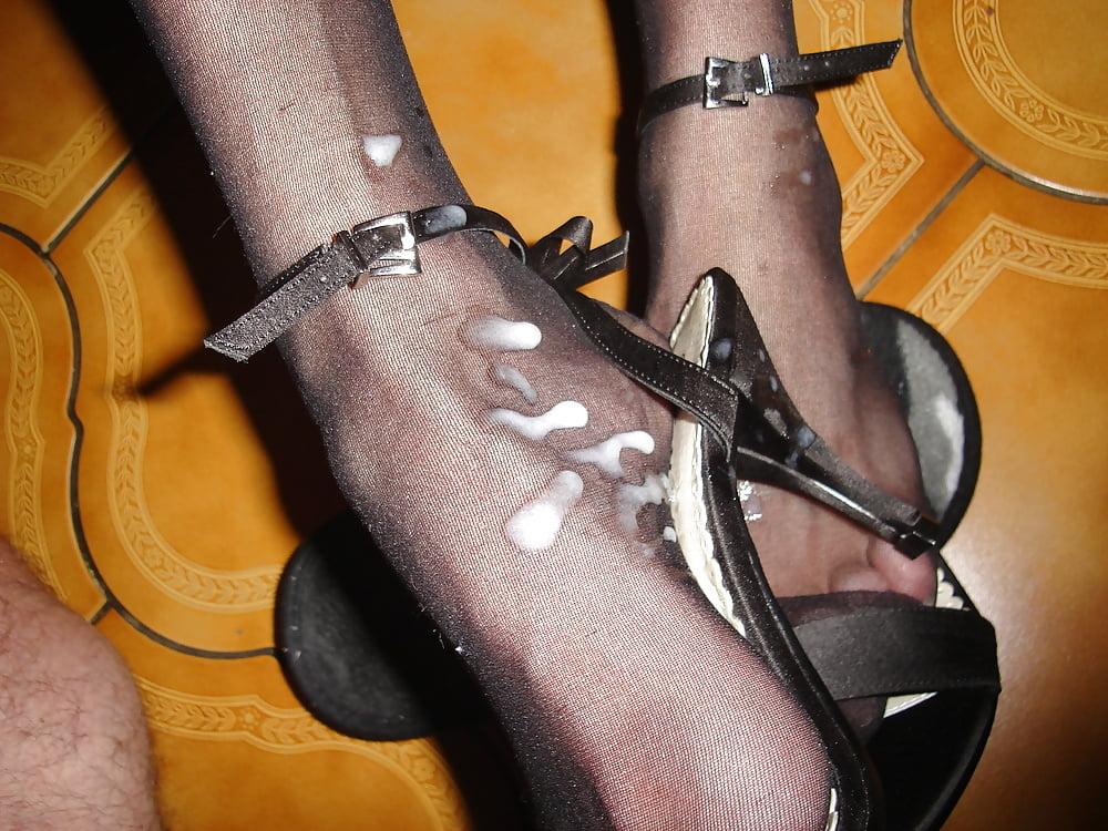 фото сперма в туфлях так можете посмотреть