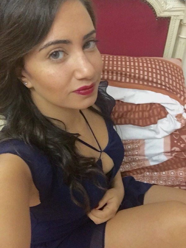 Arab Beauty - 10 Pics