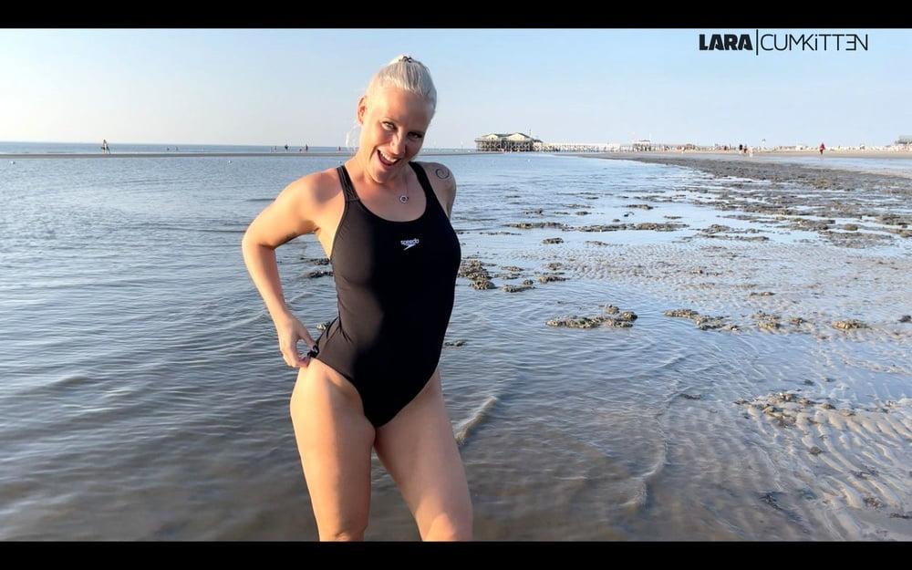 Lara CumKitten - Beach Cumshot- 5