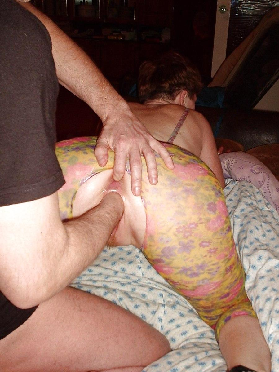 Fisting wife home video — pic 12