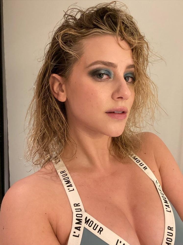 Lili Reinhart