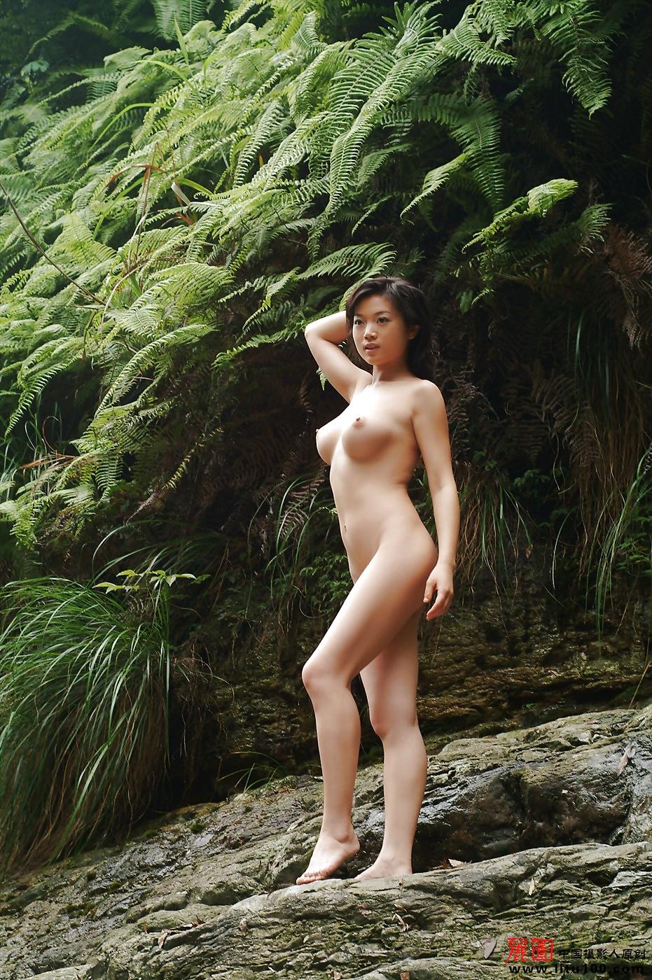 Chinese naked athlete