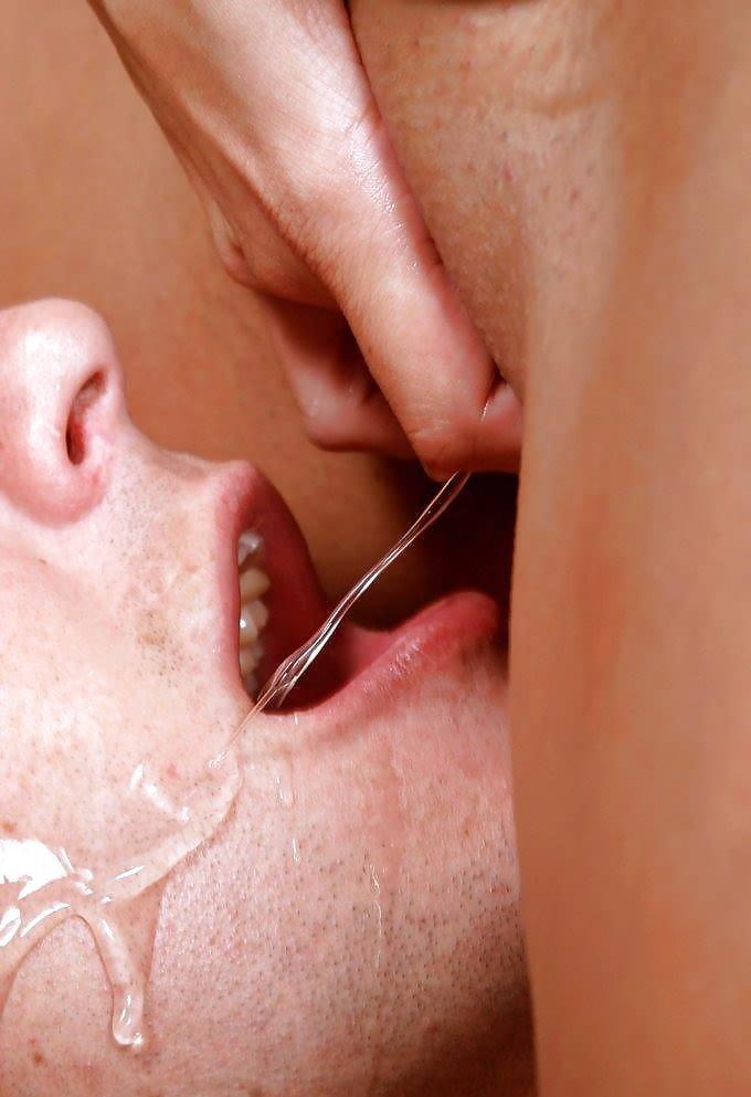 порно, сперма с киски в рот представляет собой