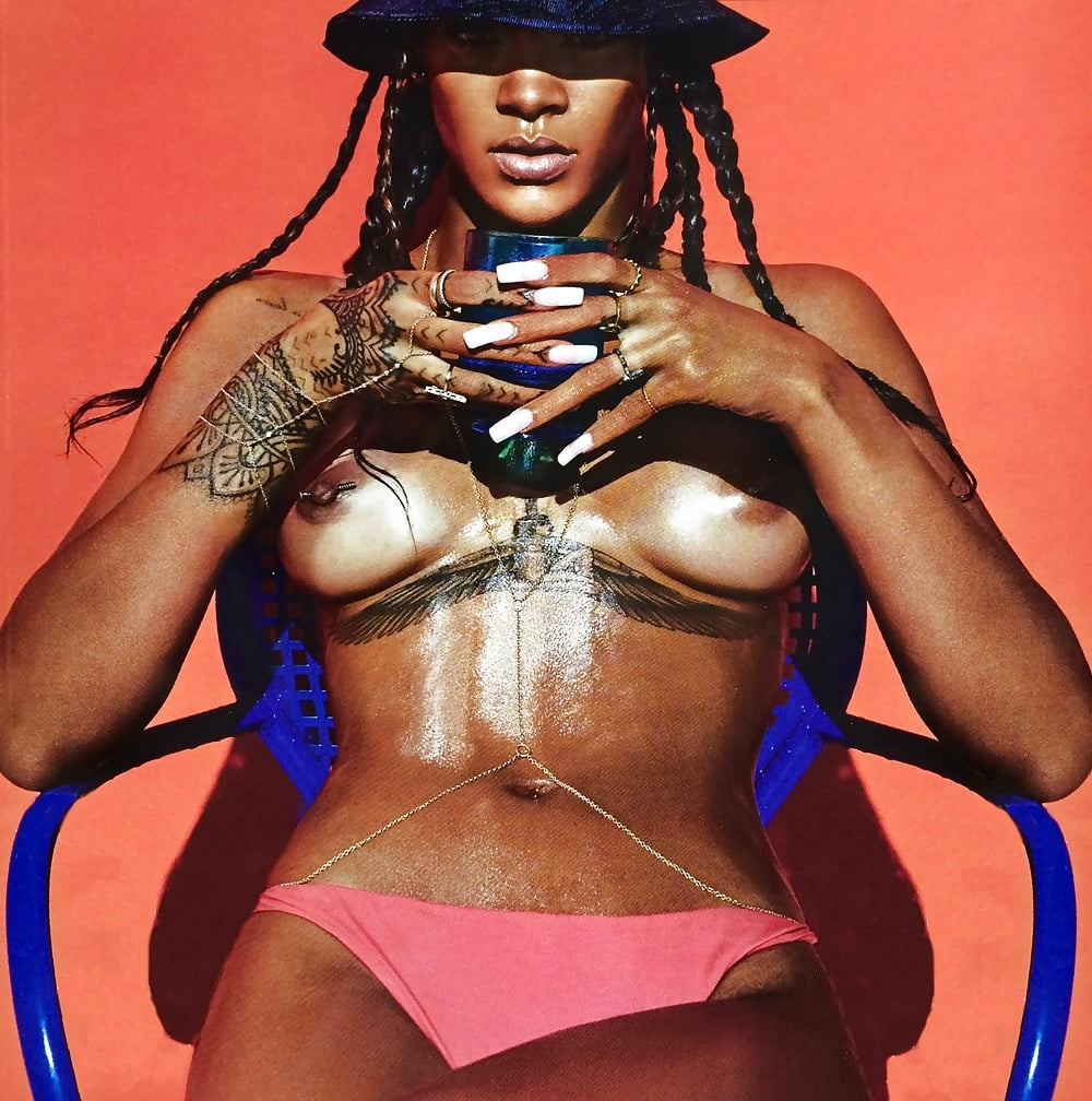 Rihanna naked pictures nude photos