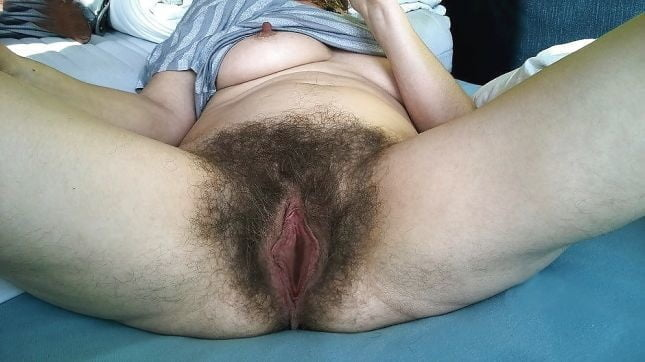 Huge &Hairy Fuckholes