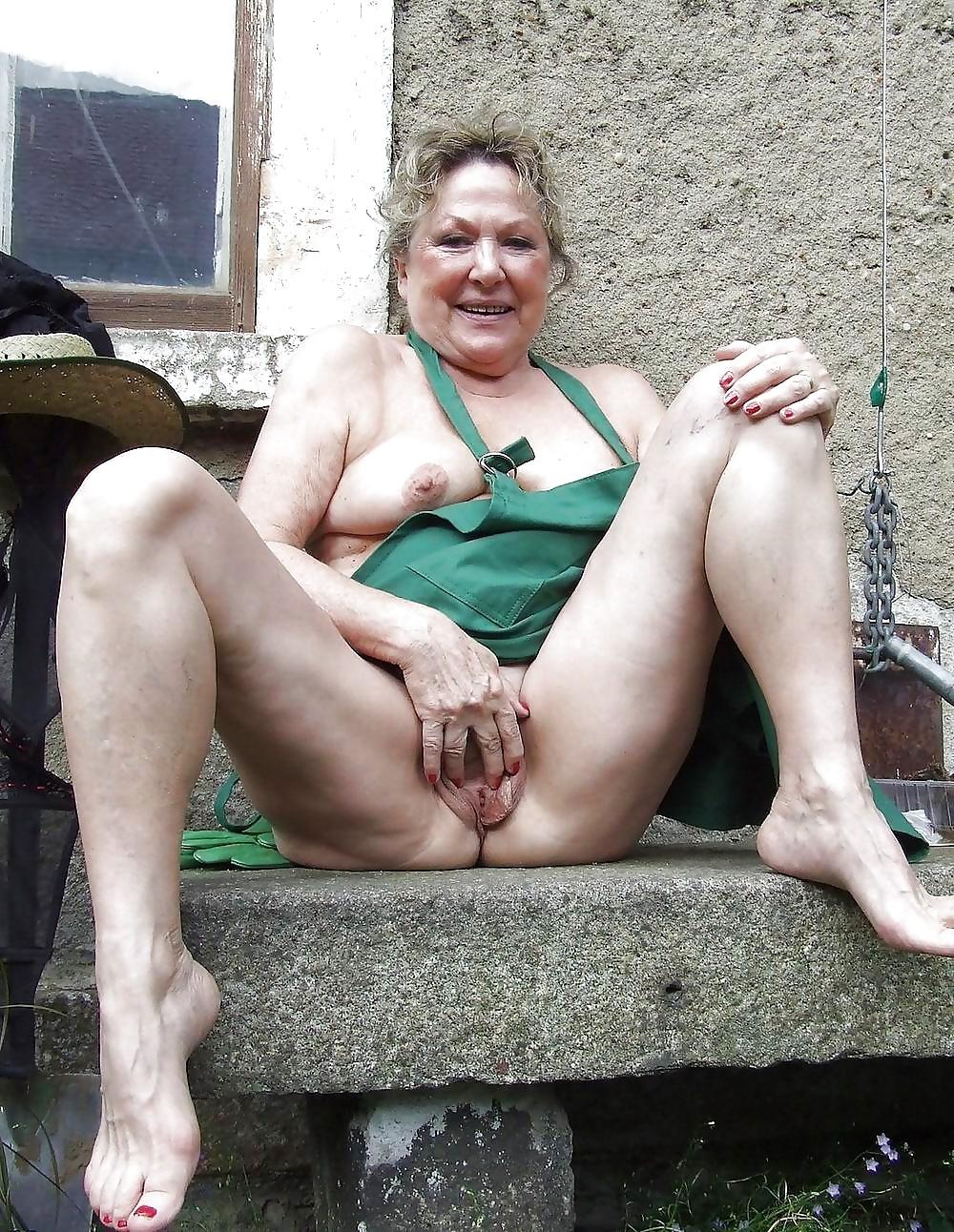 sexy hairy reife frauen nackt
