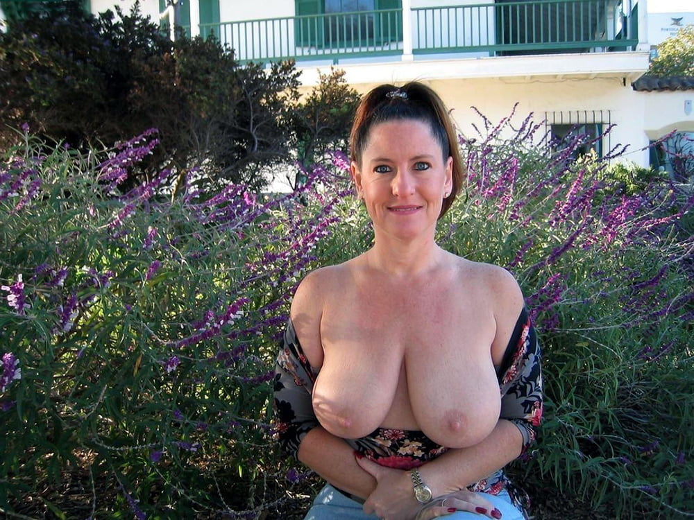 Naked neighbor pics