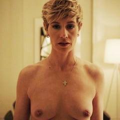 Nackt Cécile  De France Triefend Nasse
