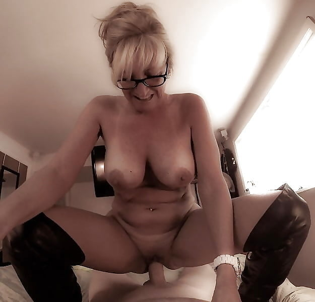 Blonde cougar dildo
