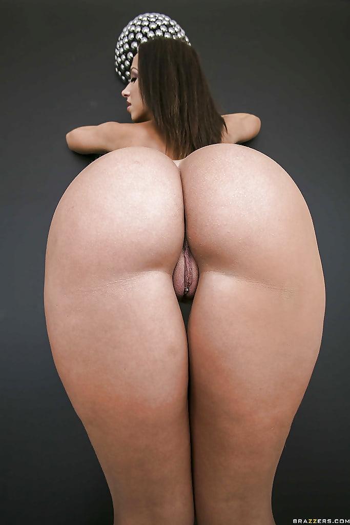 Жопа сиськи вид, порно пьяные бабы в отрубе