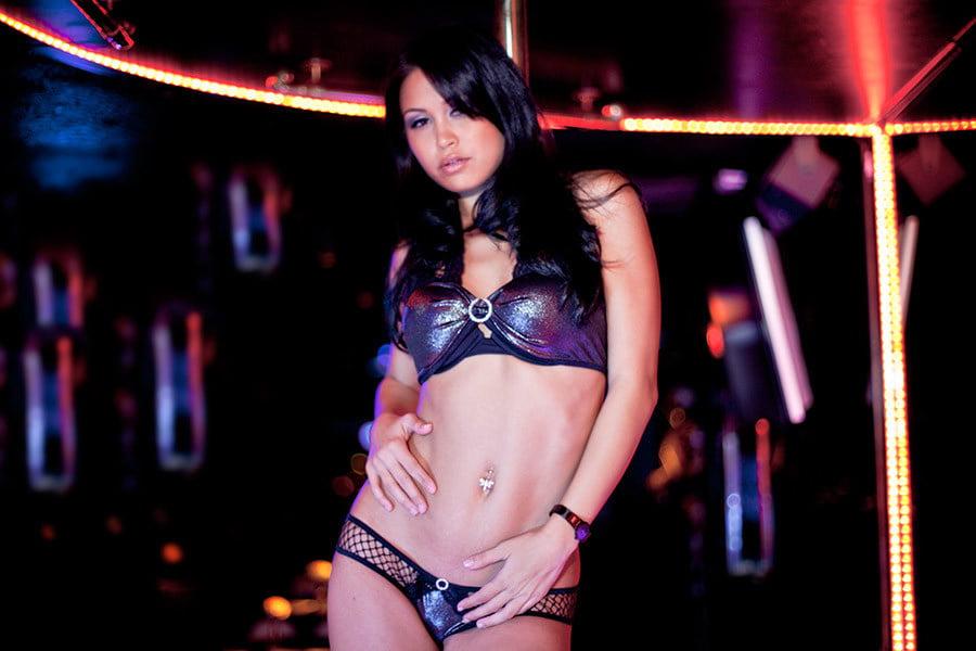 Free strip tease shows hot porno