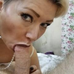 Russian MATURE MILF Aimee Paradise... Hot & Sexy Slut Mommy!