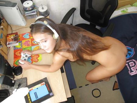 Warm Nude Gamer Girl Photos