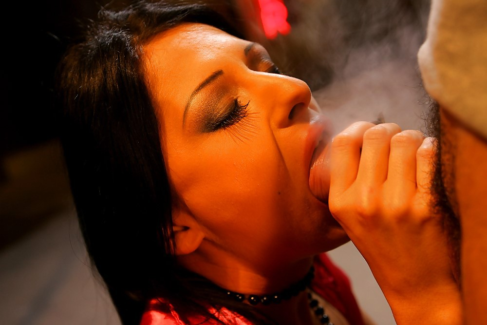 Free smoking blowjob video clips