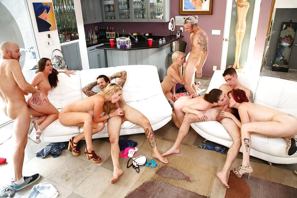 Nice Teen Orgy Sex Palimas 1
