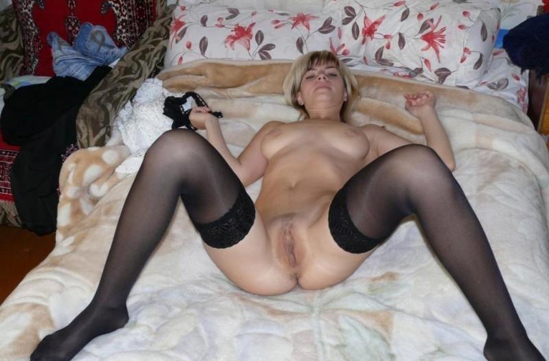 порно фото частное зрелых женщин в чулках - 8