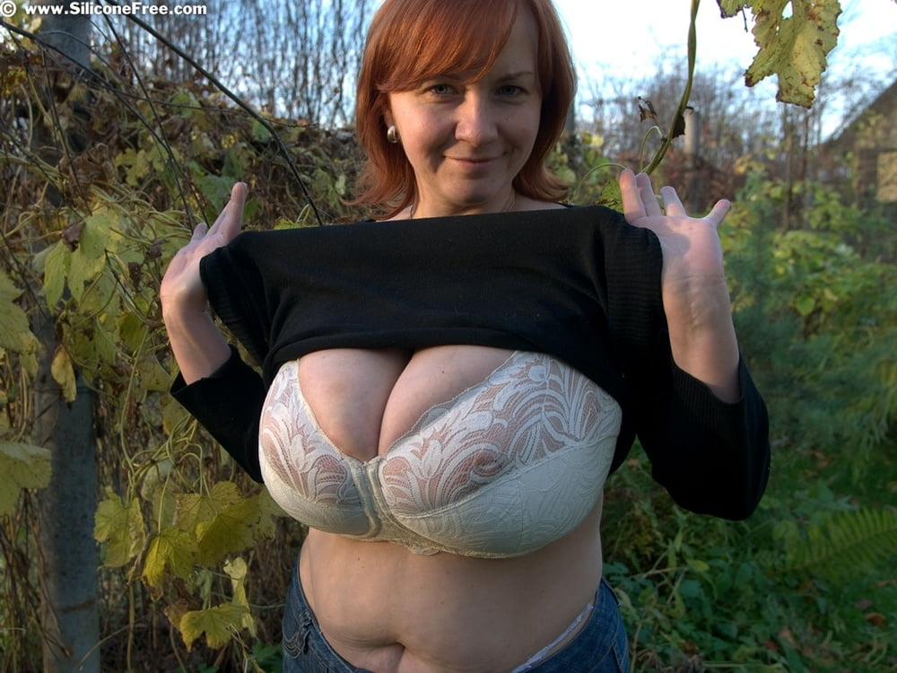 Big boobs in bra sex