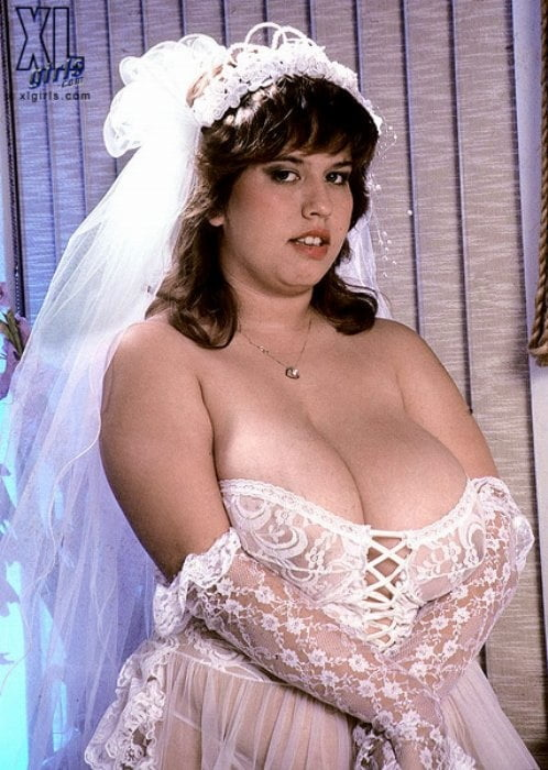 busty-black-bride-europe-put-it-in-her-hole