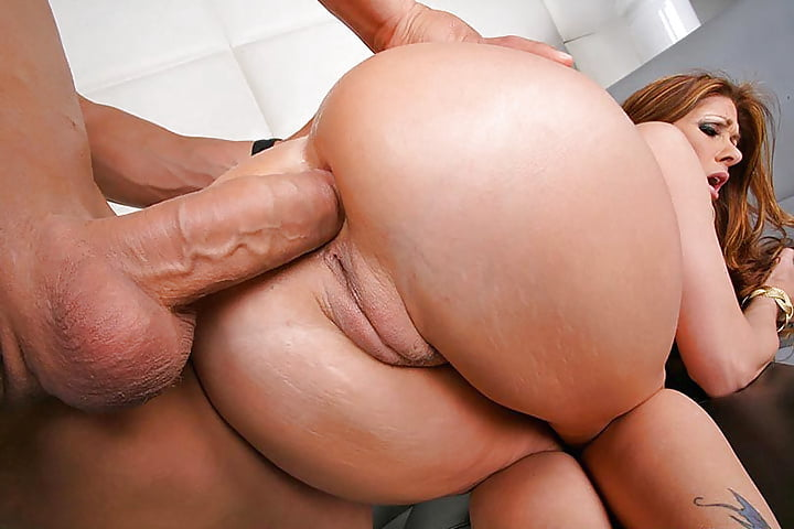 Big ass blonde needs the powerful dong in her, free porn