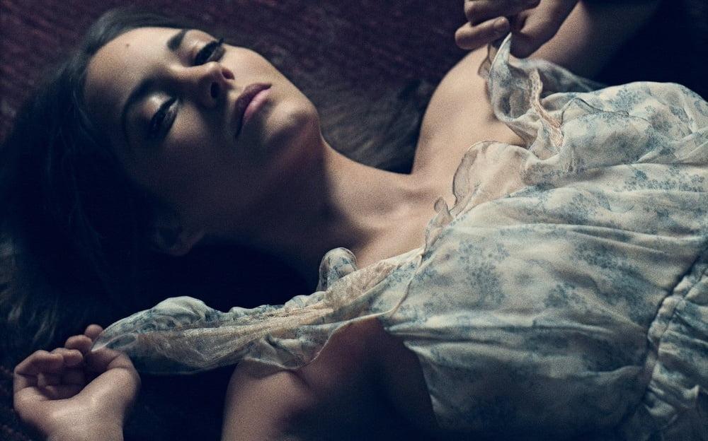 Marion cotillard milf french actress big nice boobs