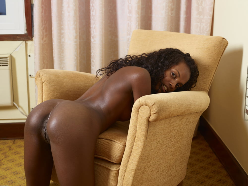black-magic-woman-porn-seymore-butts-pictures