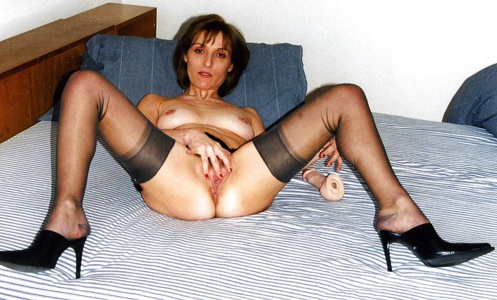 Mature legs spread feet up