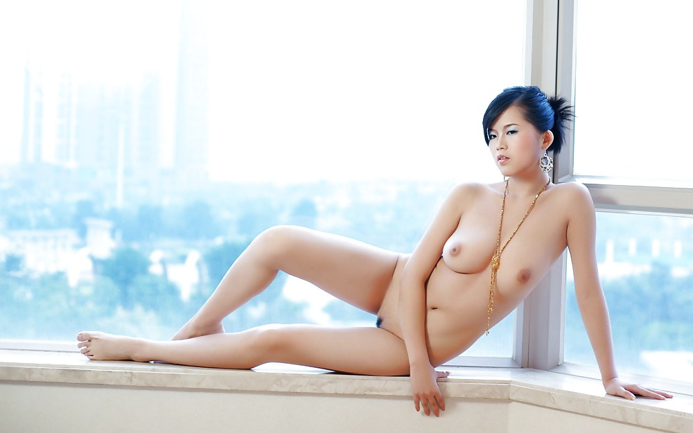 Chinese nude model