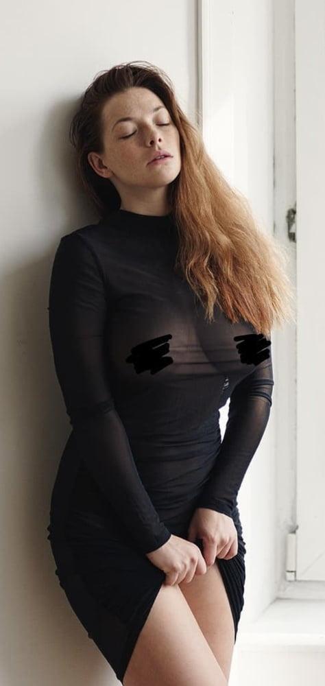 Sexy bitches - 483 Pics