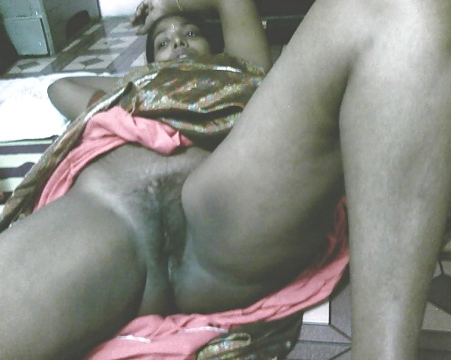 Sex indian maid pussy — pic 1