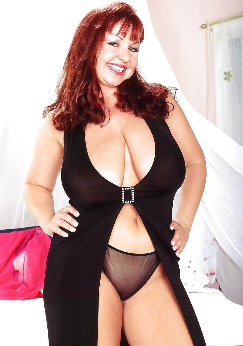 Redhead big boobs nude-2173