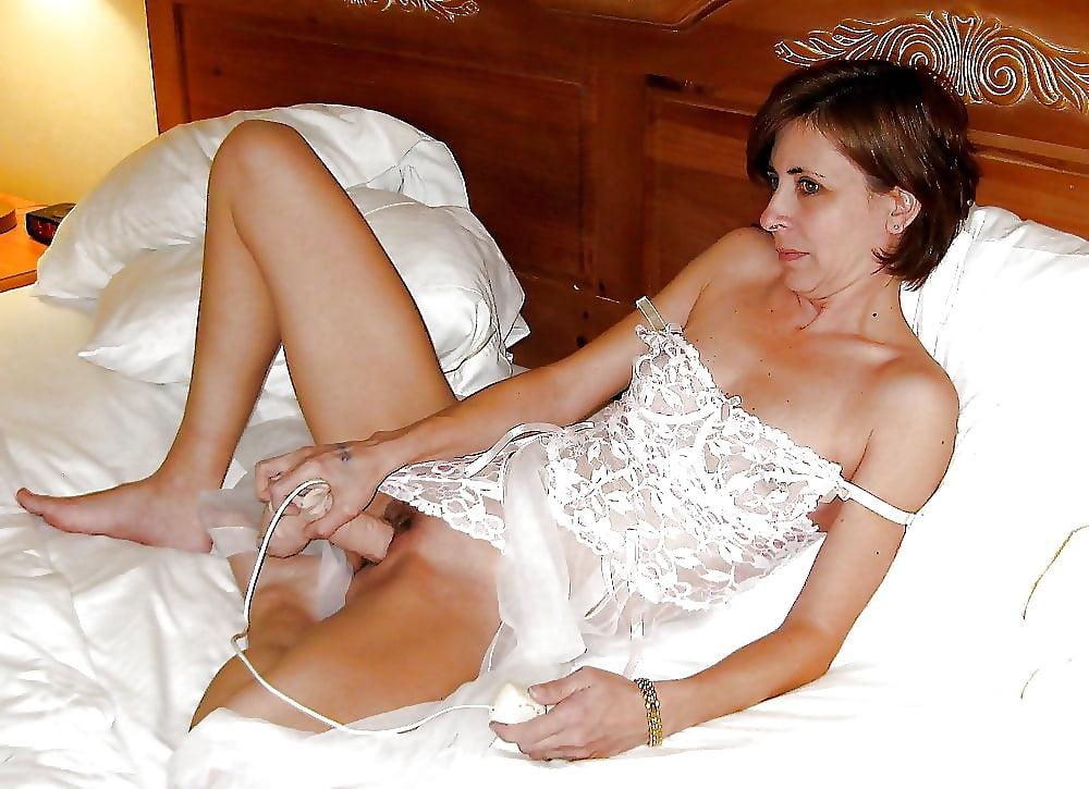 seks-foto-zrelie-v-kombinatsiyah-molodezhnoe