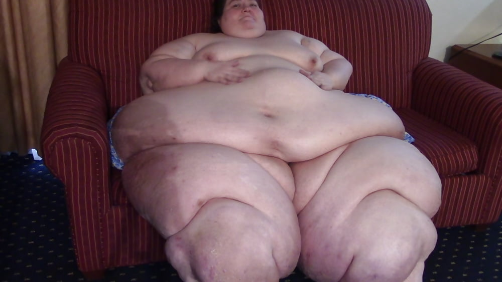 obese-nude-funny-women-and-man-sex-pos-neget