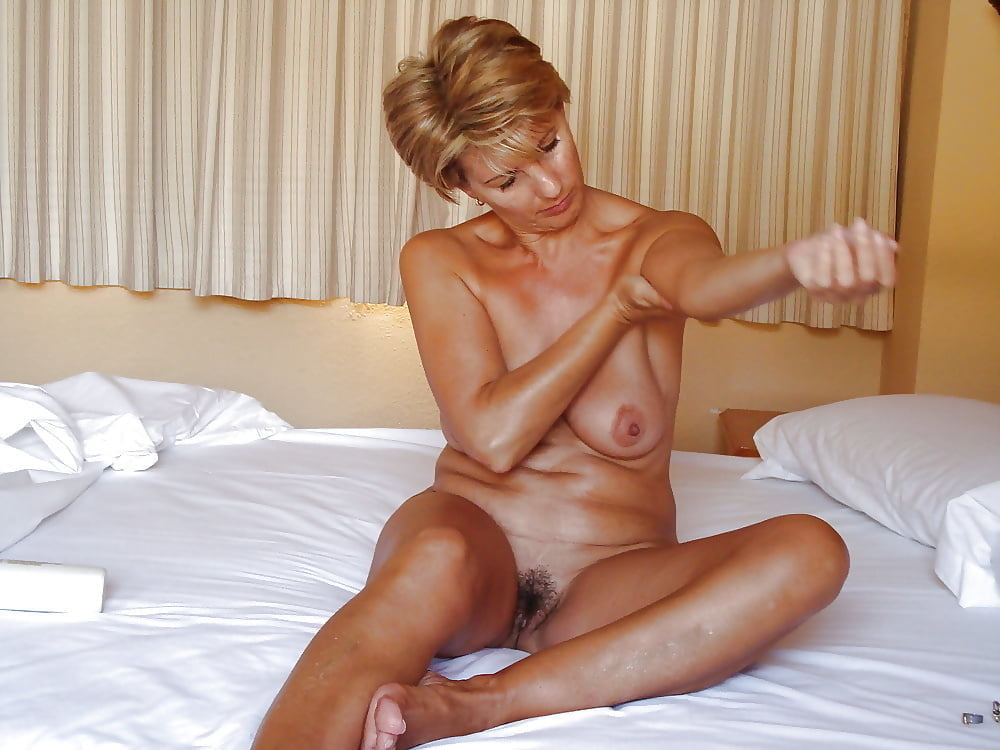 Mature older women nude