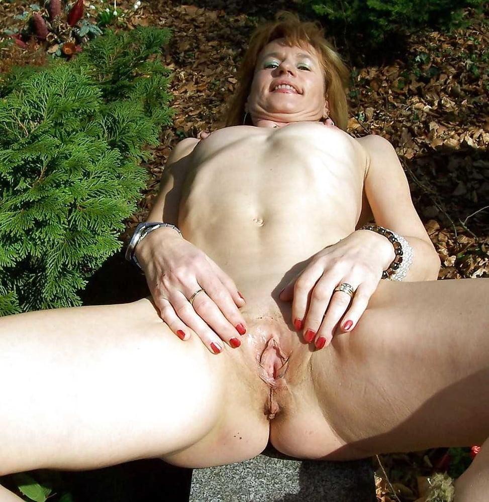 Mature Women Fucking Outdoors