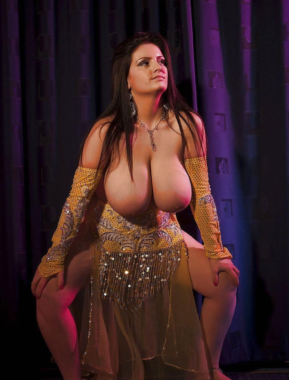 В порно танец живота — photo 11