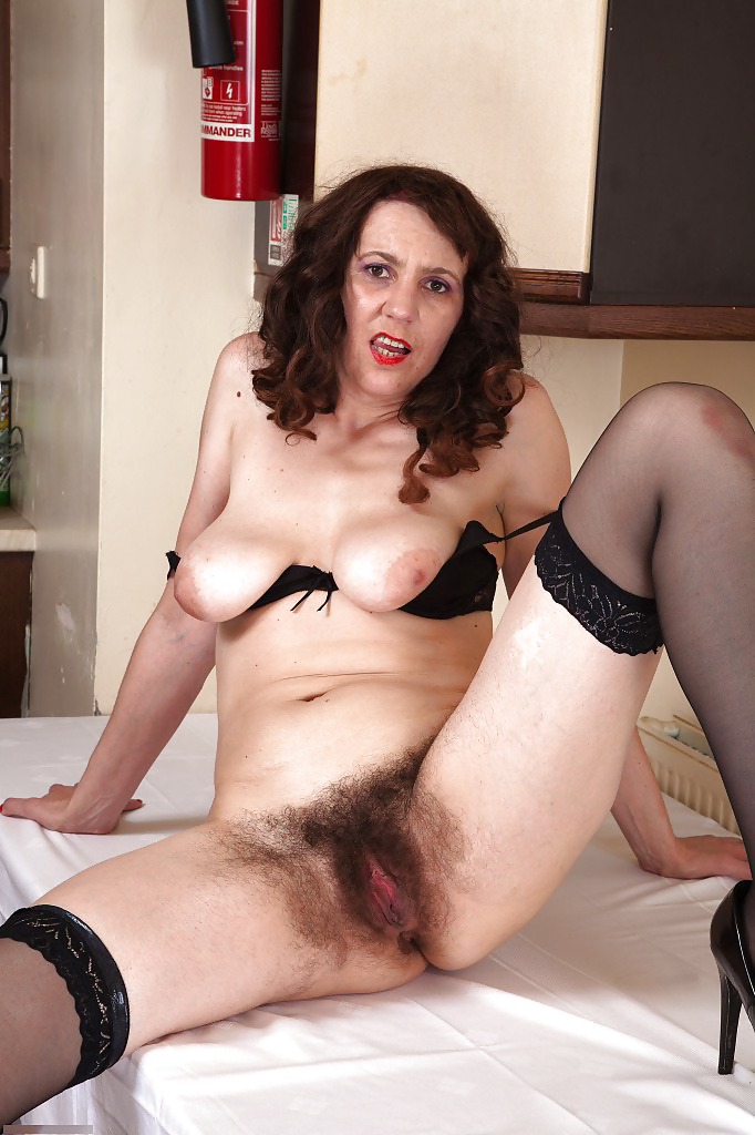 Very hairy mature video-2026