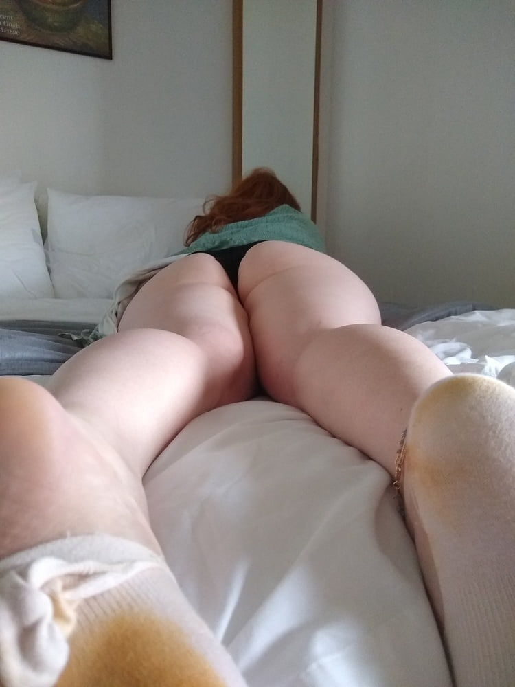 Thick ebony bubble butt