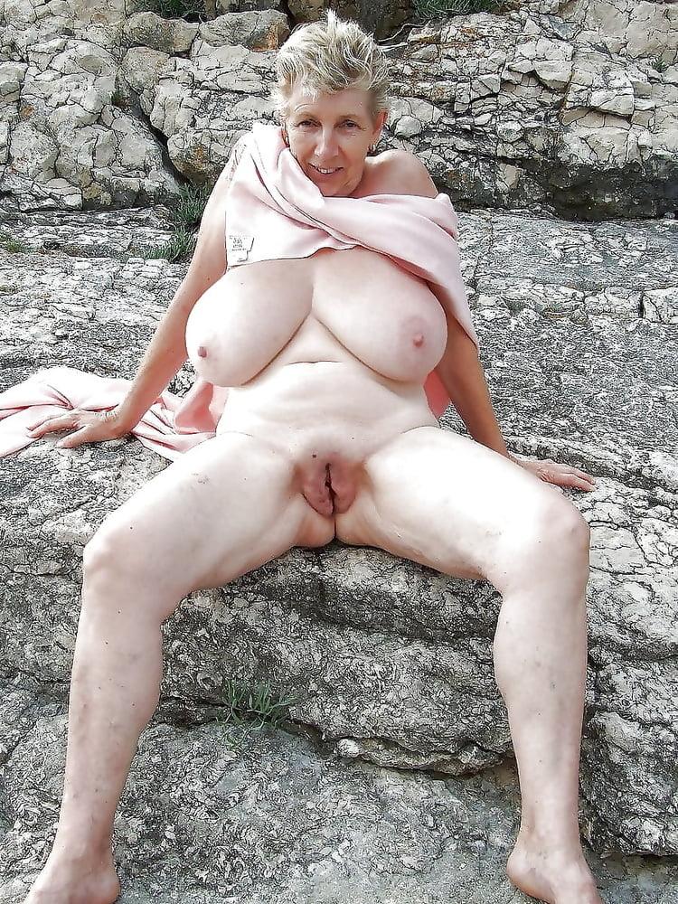 Фото голых старых старых баб, порнуха русское глубокий минет и трахнул раком попку дома
