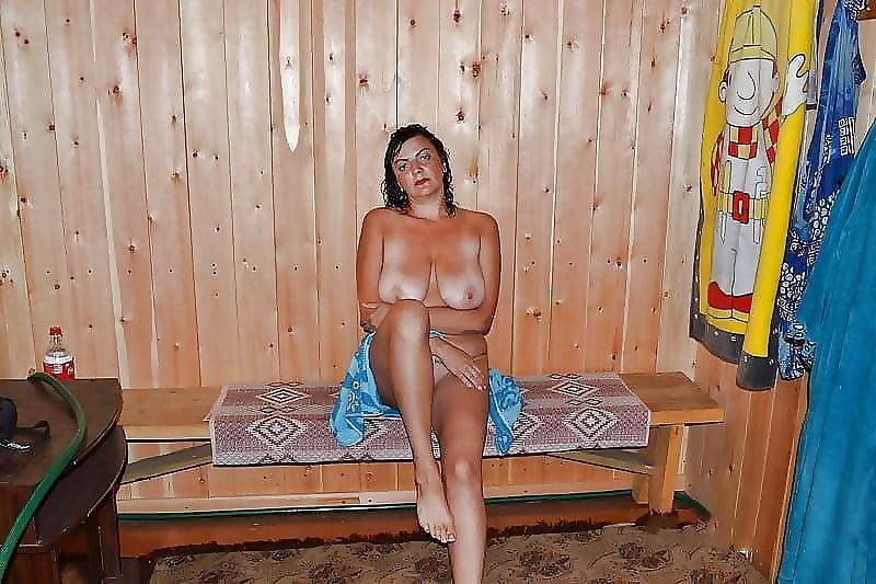 Личные фотографии зрелых в сауне