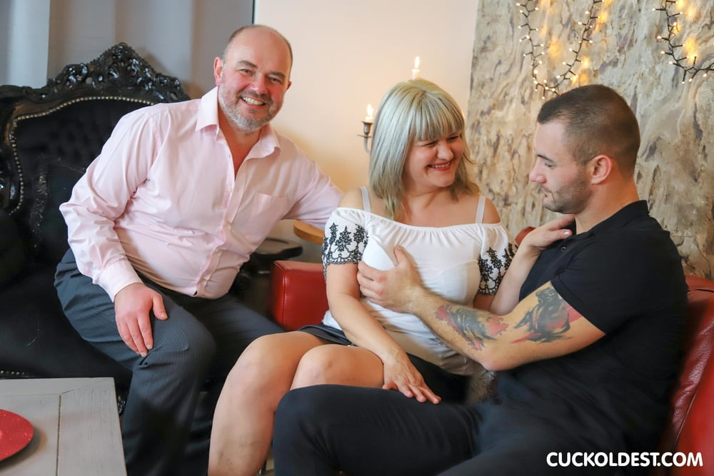 Cuckolding my Wife at Cuckoldest - 12 Pics