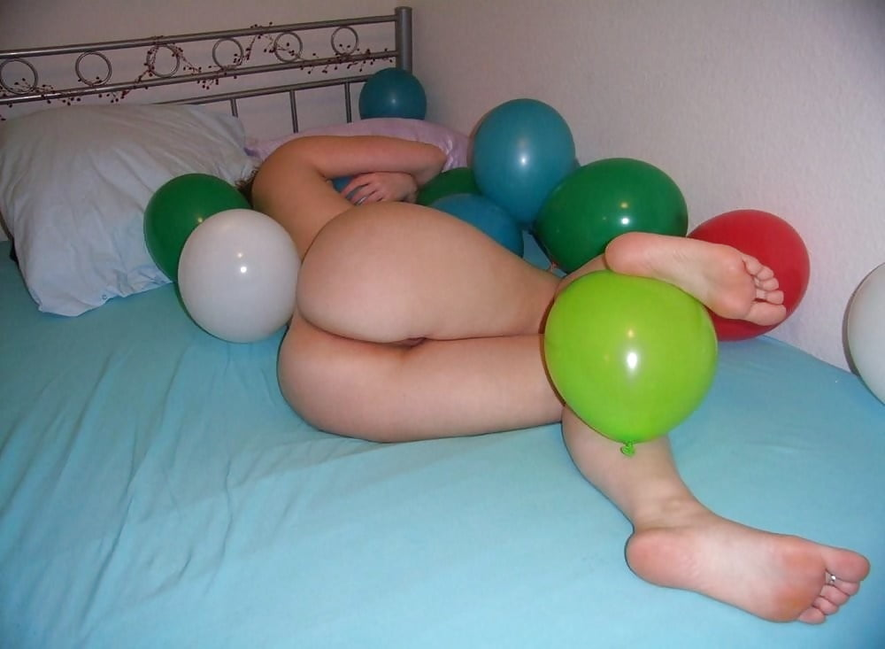 Nude balloon fetish girls free grils wives nude