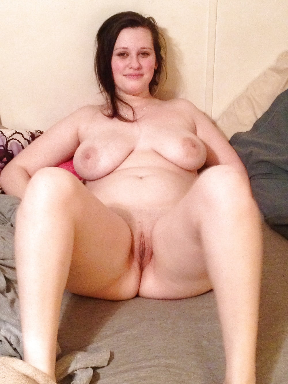 Amateur Chubby Slut Homemade
