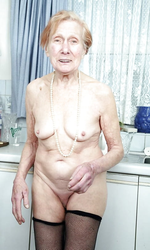 Exploring some homosexual pleasures with my granma - 1 part 9