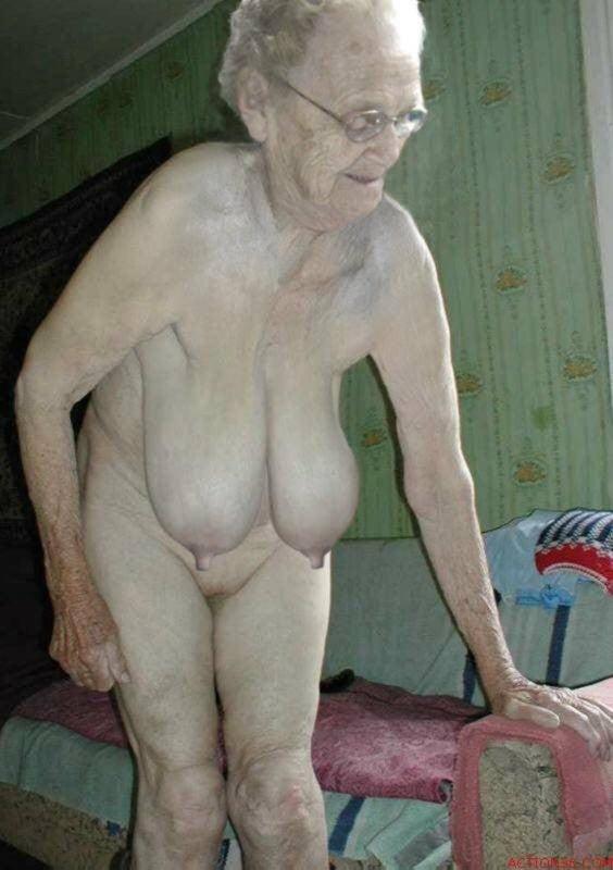 Very old grannies nudes — pic 6
